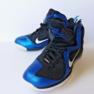 sale retailer da42a 6d09f Nike. Lebron James 9